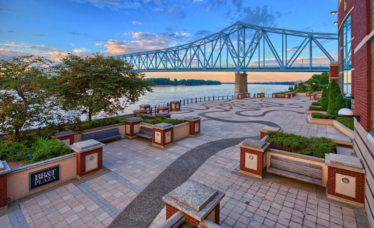 Owensboro, KY Blue Bridge BB&T Plaza