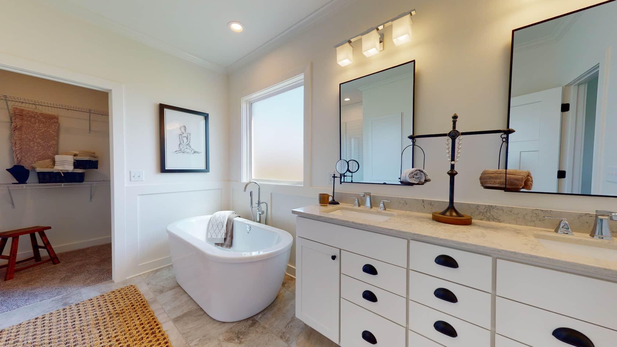 0653 Owners Bath