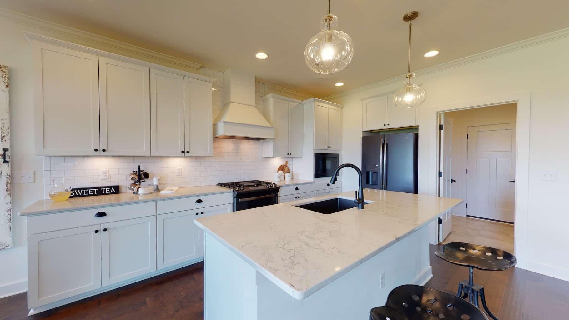 0681 Kitchen