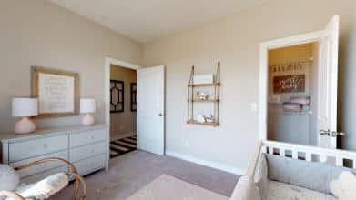 Leonardo Bedroom1 EB