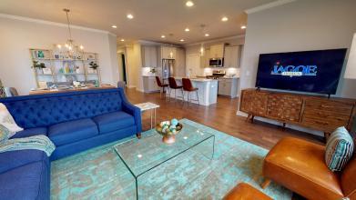 Mandolin living room 2