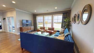 Mandolin living room 3