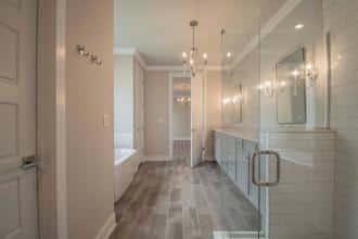 Pinot Bath 3-4200