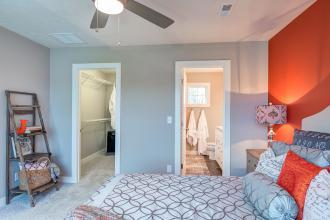 VanGoghC master bedroom 4